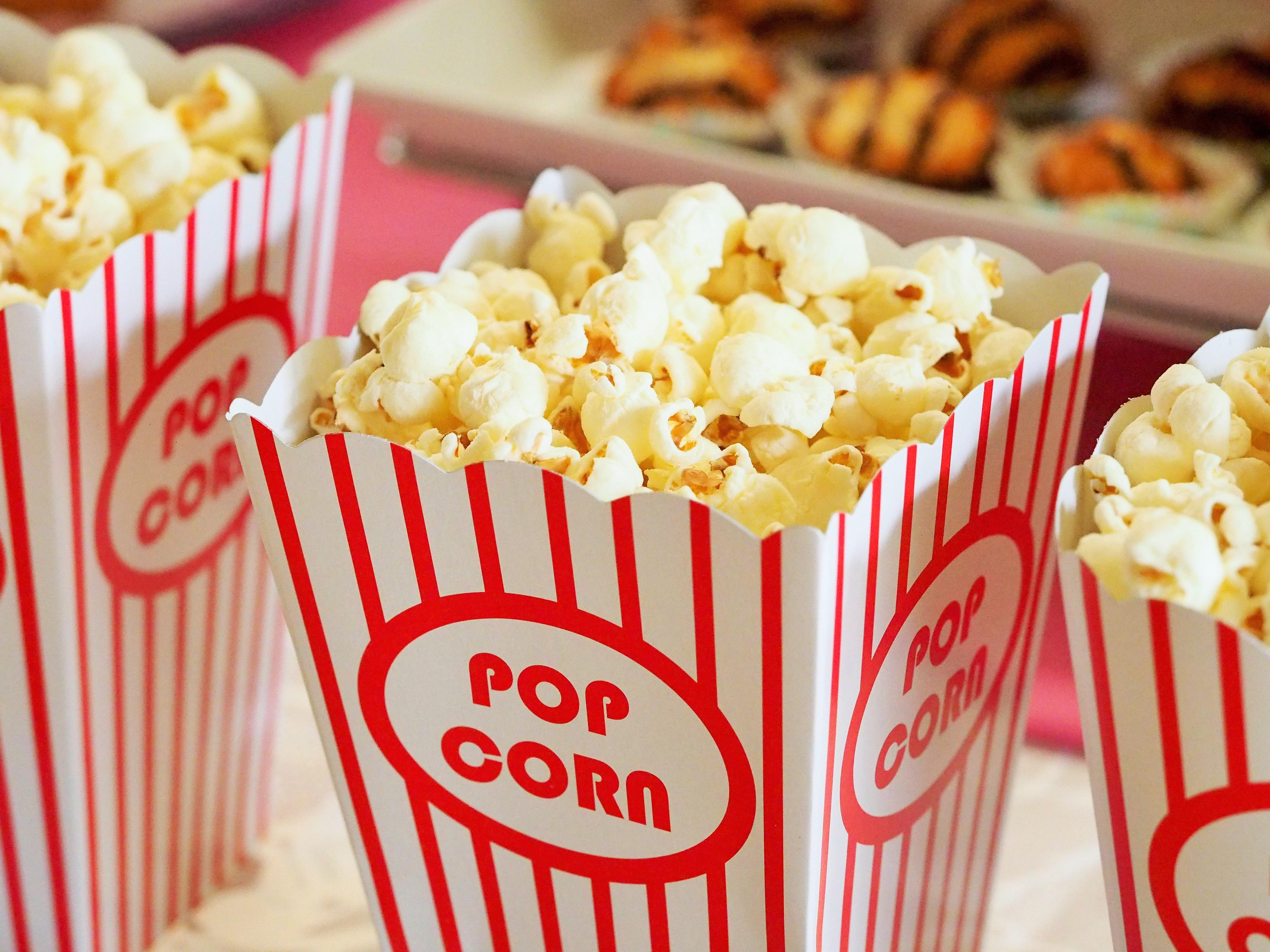 Popcorn i skål